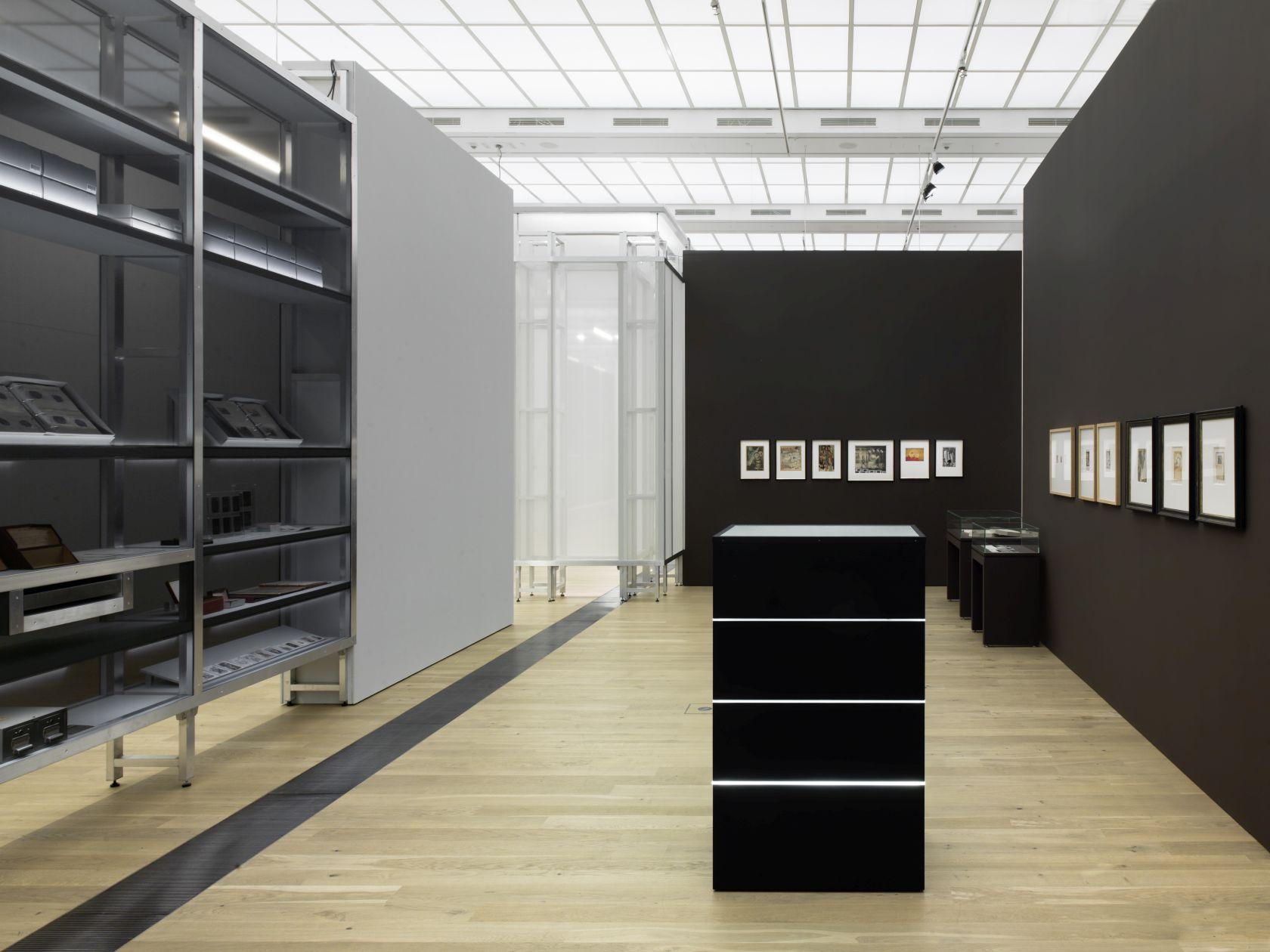 Ausstellung - DIE KUNST DES AUFBEWAHRENS-001