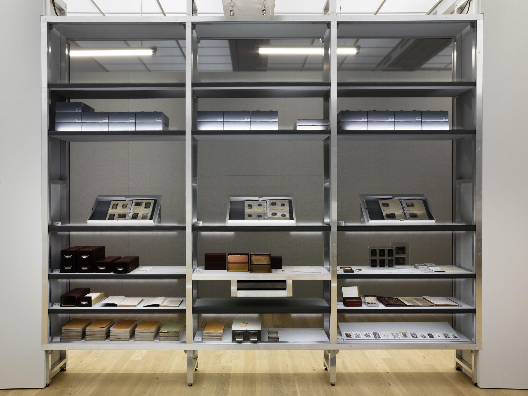 Ausstellung - DIE KUNST DES AUFBEWAHRENS-002