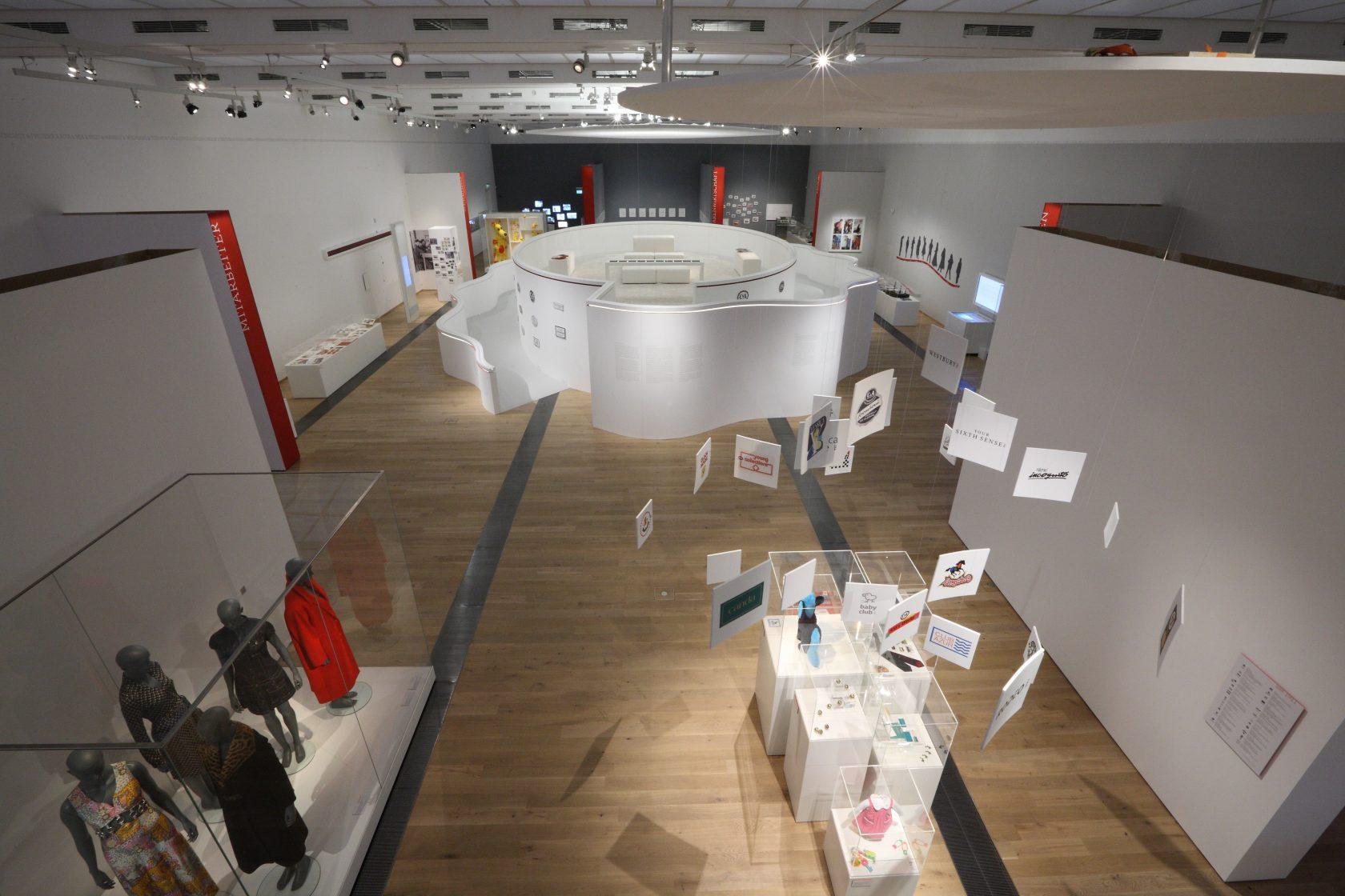 Ausstellung DRAI C6A zieht an-003