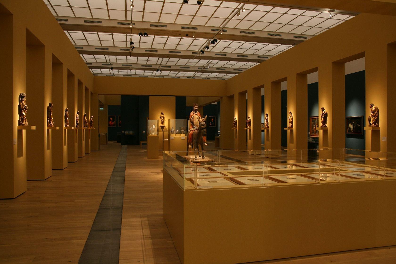 Ausstellung DRAI CREDO-002