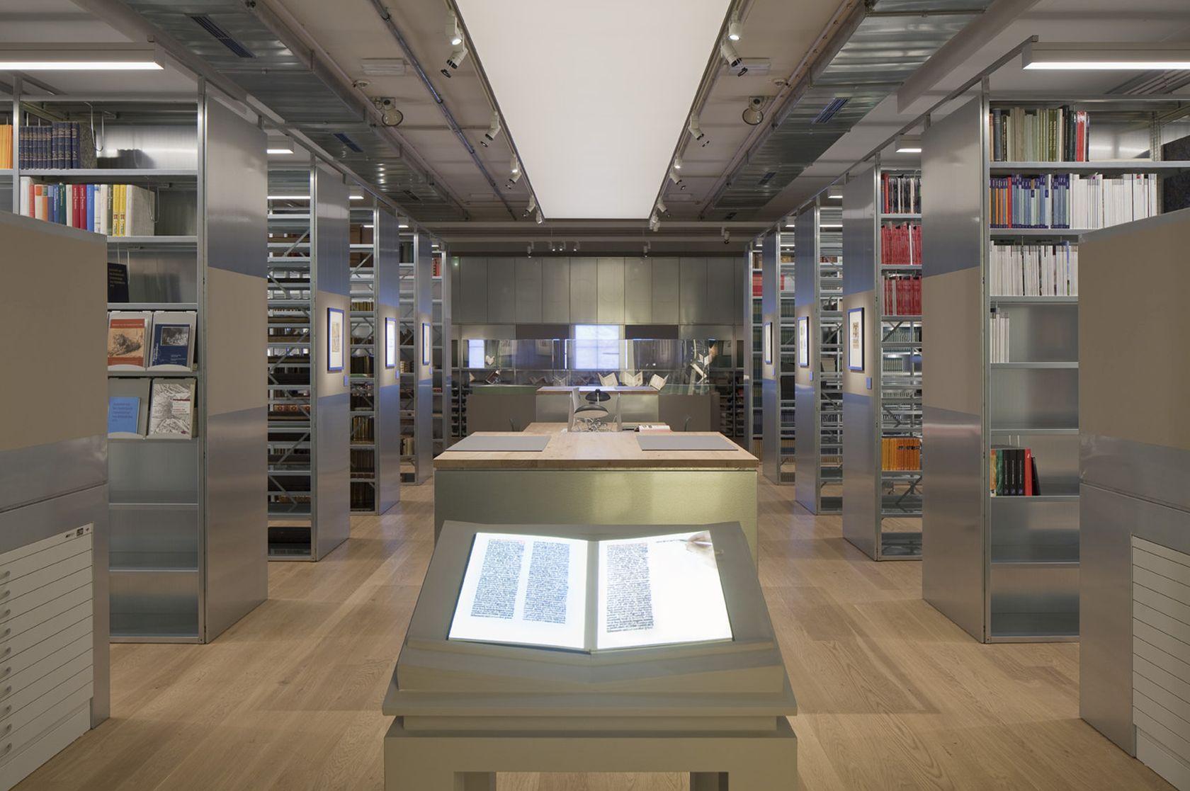 Bibliothek Liberna – Eine Rauminszenierung für Bibliothek, Studiensaal und Kabinettausstellungen